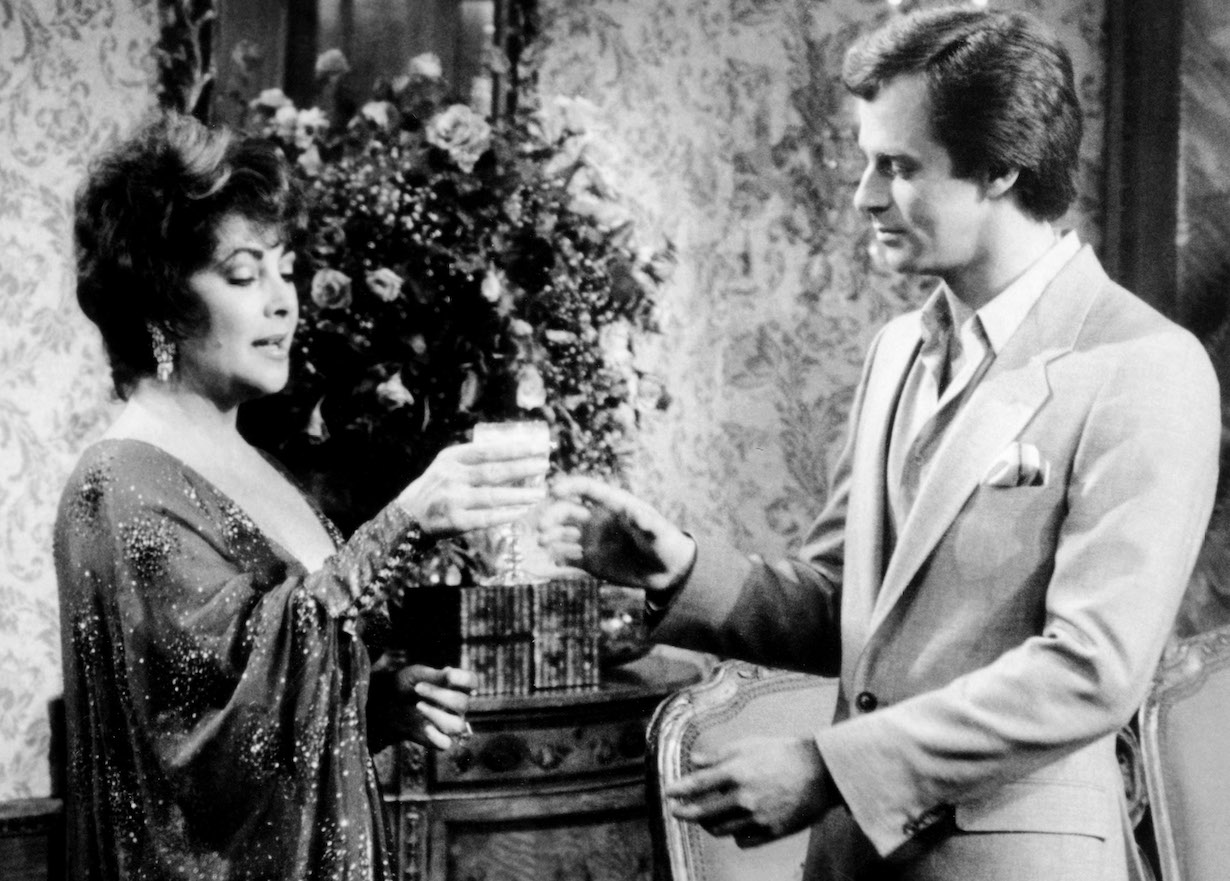 GENERAL HOSPITAL, center and right, Elizabeth Taylor, Tristan Rogers, aired November 1981