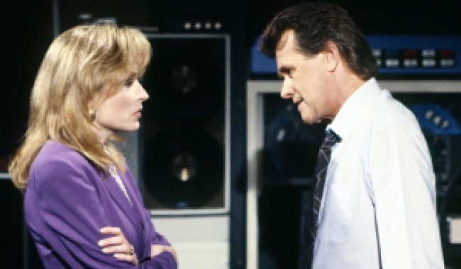 GENERAL HOSPITAL, from left: Sharon Wyatt, John Reilly, (1990), 1963- , ph: Jerry Fitzgerald/©ABC /Courtesy Everett Collection