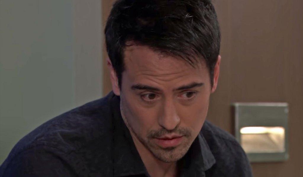 Nikolas consults Liz on GH