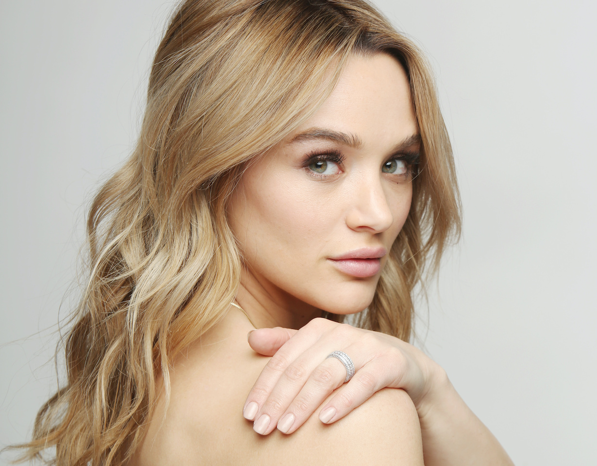 "Hunter King ""The Young and the Restless"" summer gallery hw"