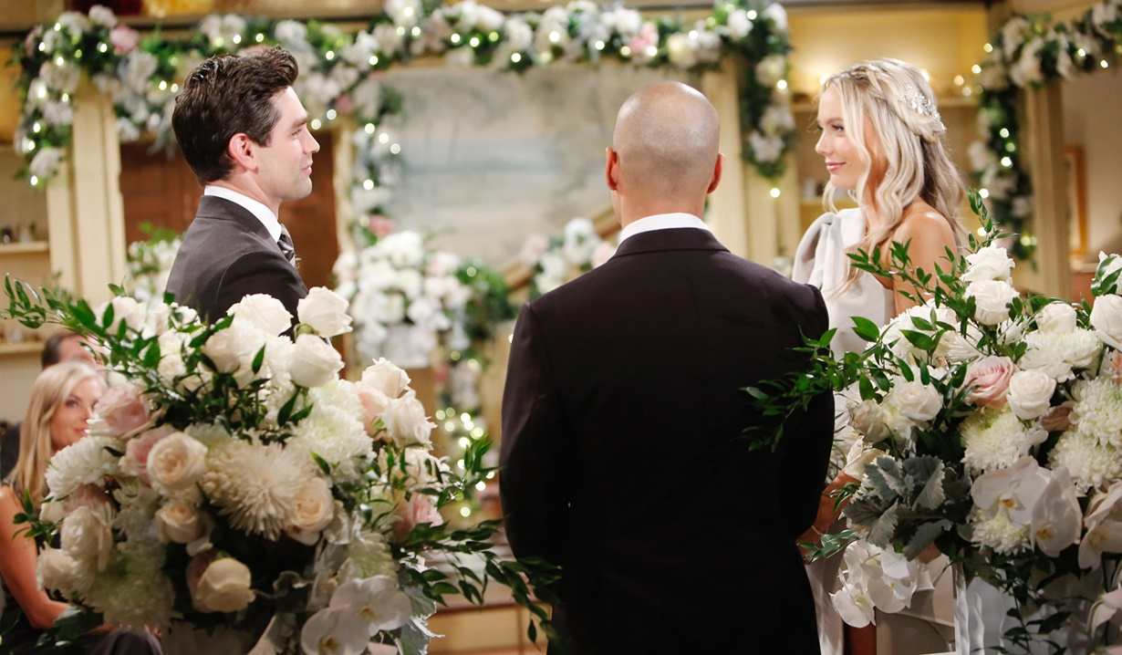 Chance, Devon, Abby altar wedding Y&R