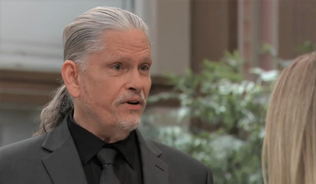 Cyrus warns Lulu at General Hospital