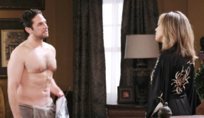 days jake kate shirtless JJ