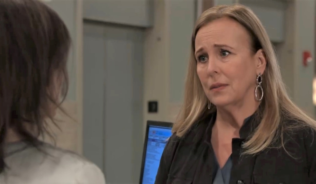Liz and Laura discuss Lulu at General Hospital