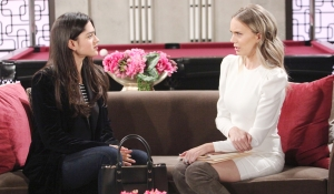 Lola and Abby talk in hotel Young and Restless