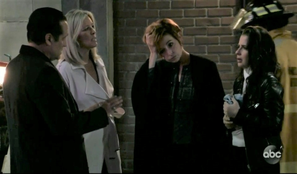 Sam, Diane, Sonny and Carly worry about Jason and Danny in the parking lot General Hospital