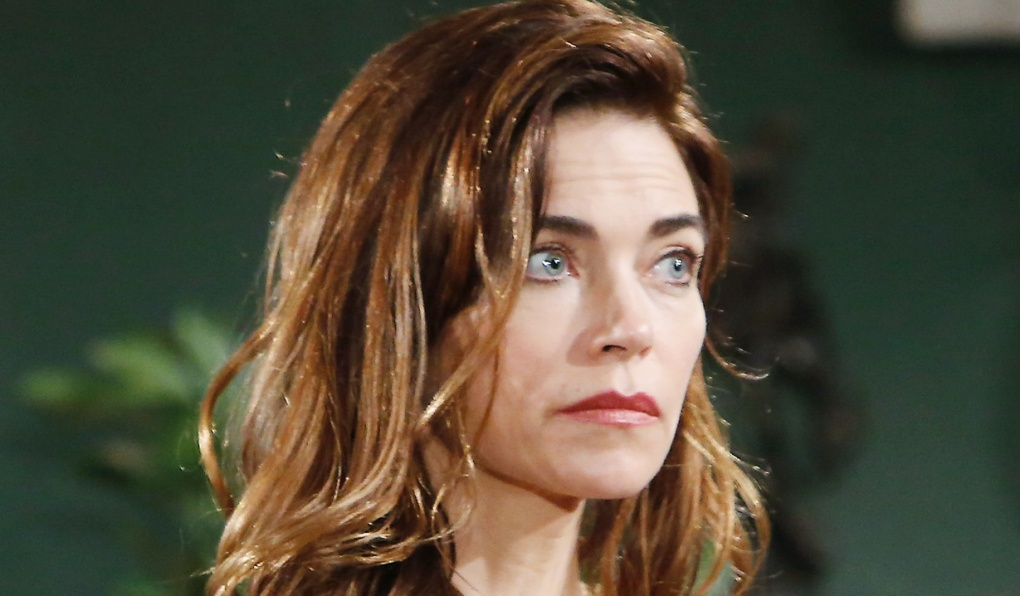Victor stands firm with Victoria Y&R