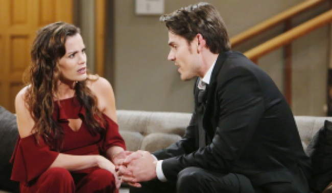 """Mark Grossman, Melissa Claire Egan""""The Young and the Restless"""" Set CBS television City Los Angeles 03/12/20 © Howard Wise/jpistudios.com 310-657-9661 Episode # 11920 U.S. Airdate 04/21/20"""