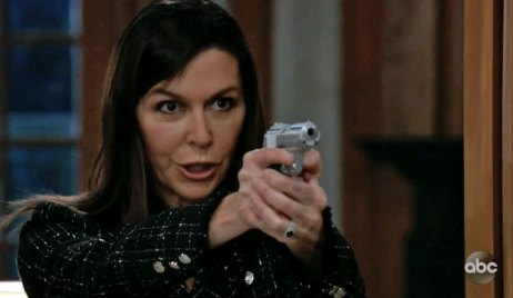 Alex pulls a gun on Finn on GH