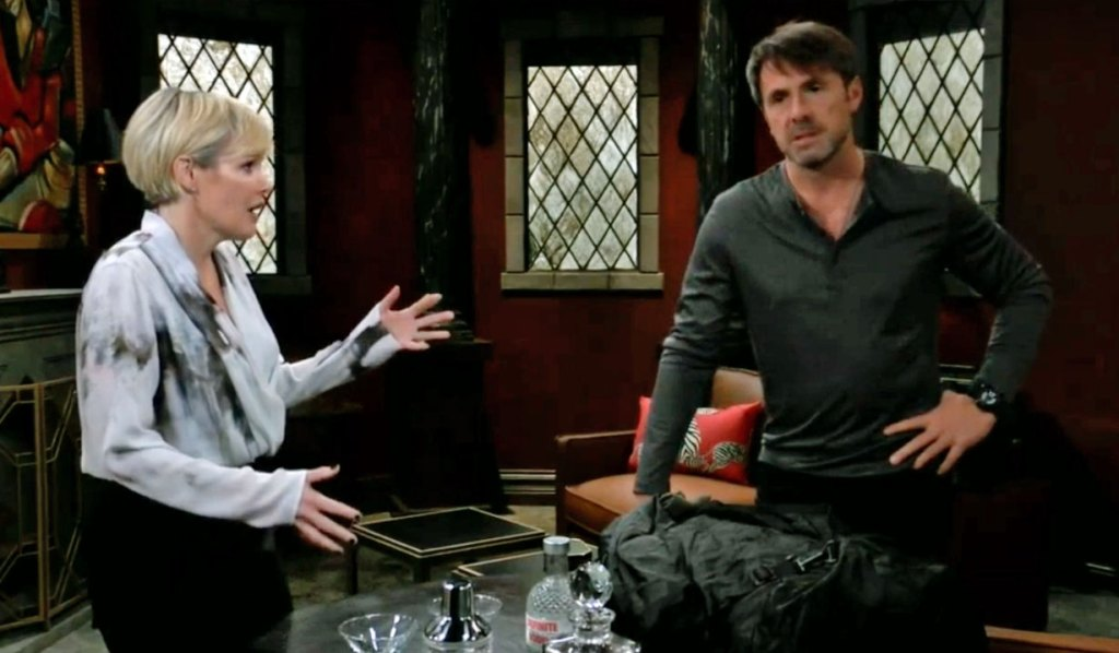 Ava lectures Julian on GH