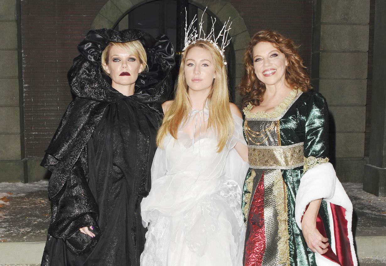 "Maura West, Eden McCoy, Kathleen Gati""General Hospital"" christmas hw"