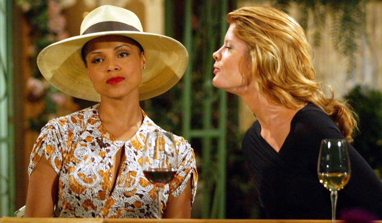 """dru phyllis Michelle Stafford and Victoria Rowell""""The Young and the Restless"""" SetCBS Television City7/31/03©Aaron Montgomery/JPI310-657-9661Episode# 7710"""