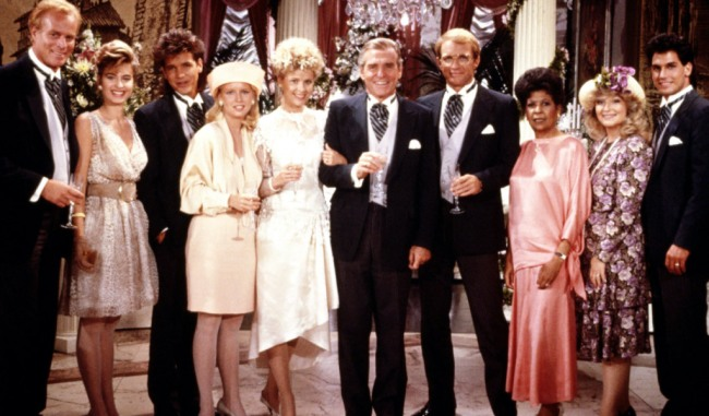 THE YOUNG AND THE RESTLESS, 1973- ,© CBS / Courtesy: Everett Collection