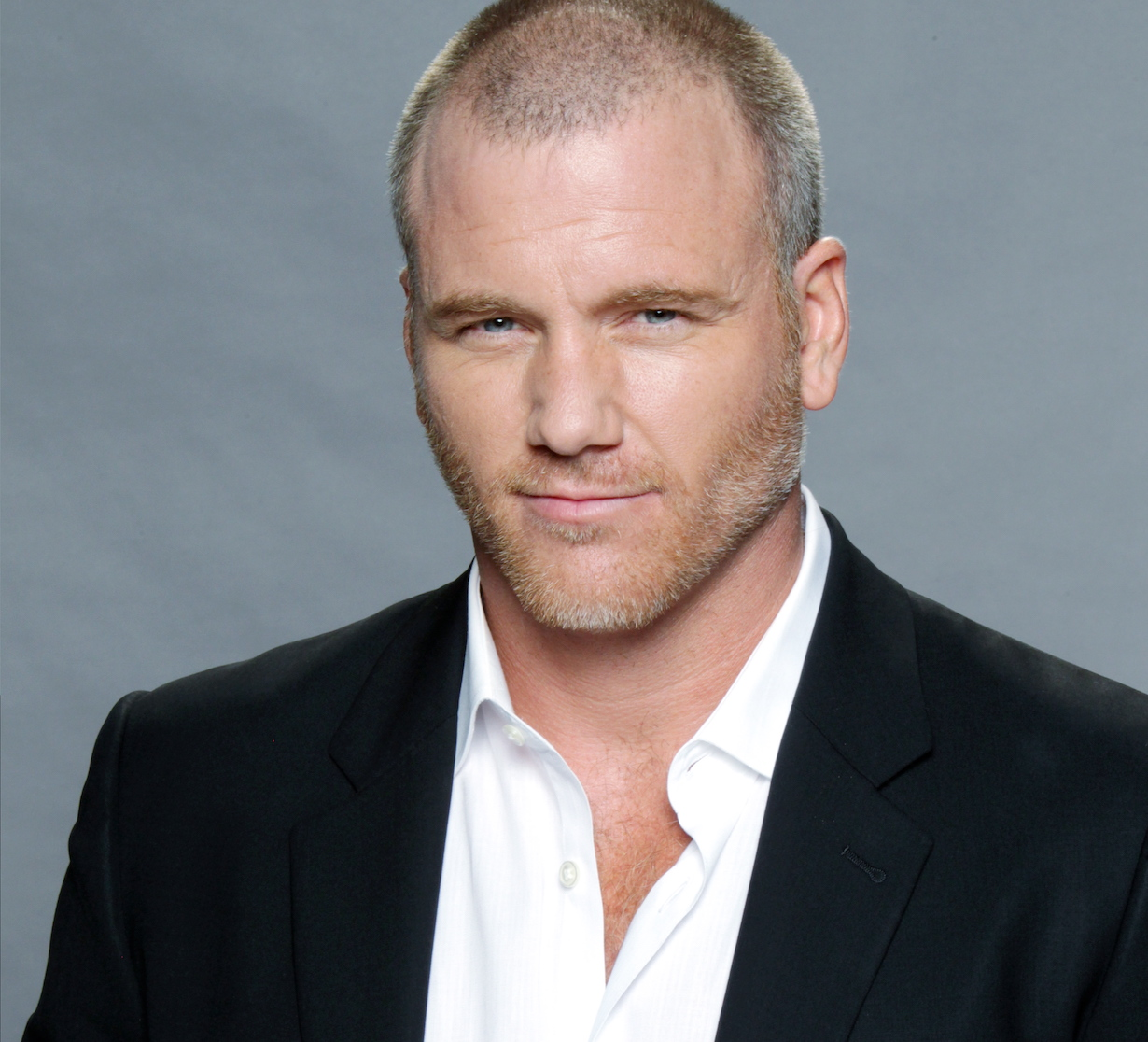 """The Young and the Restless"" sean carrigan stitch gallery jp"