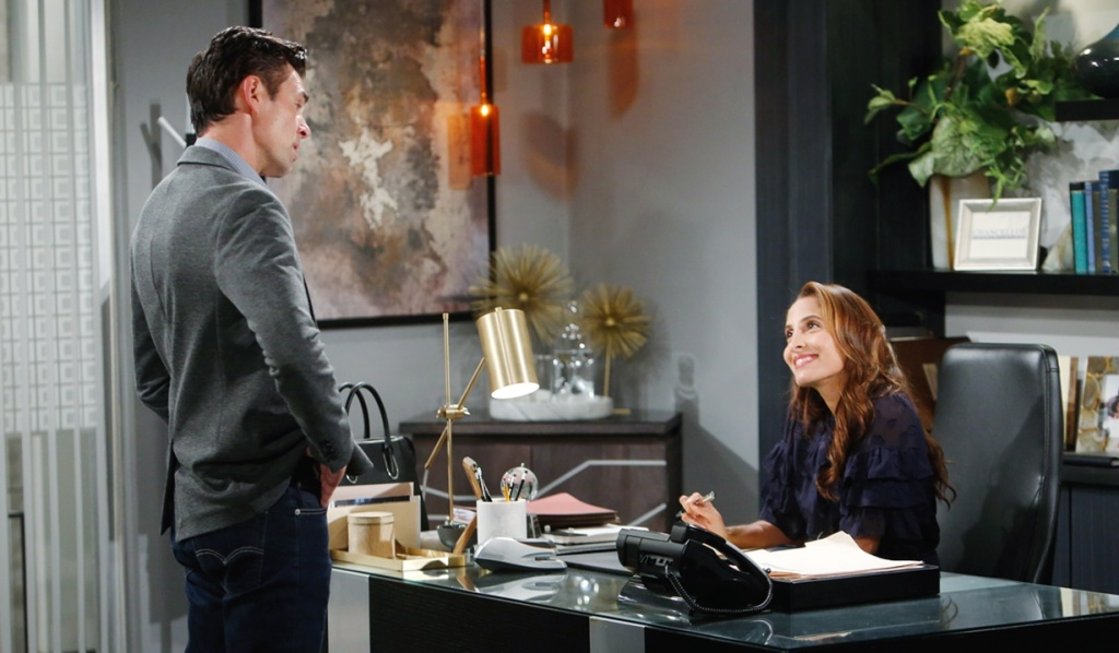 Billy, Lily office smile Y&R