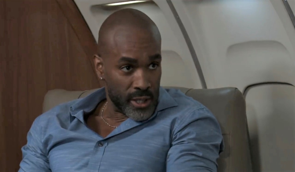 Curtis and Jordan talk clues on plane General Hospital