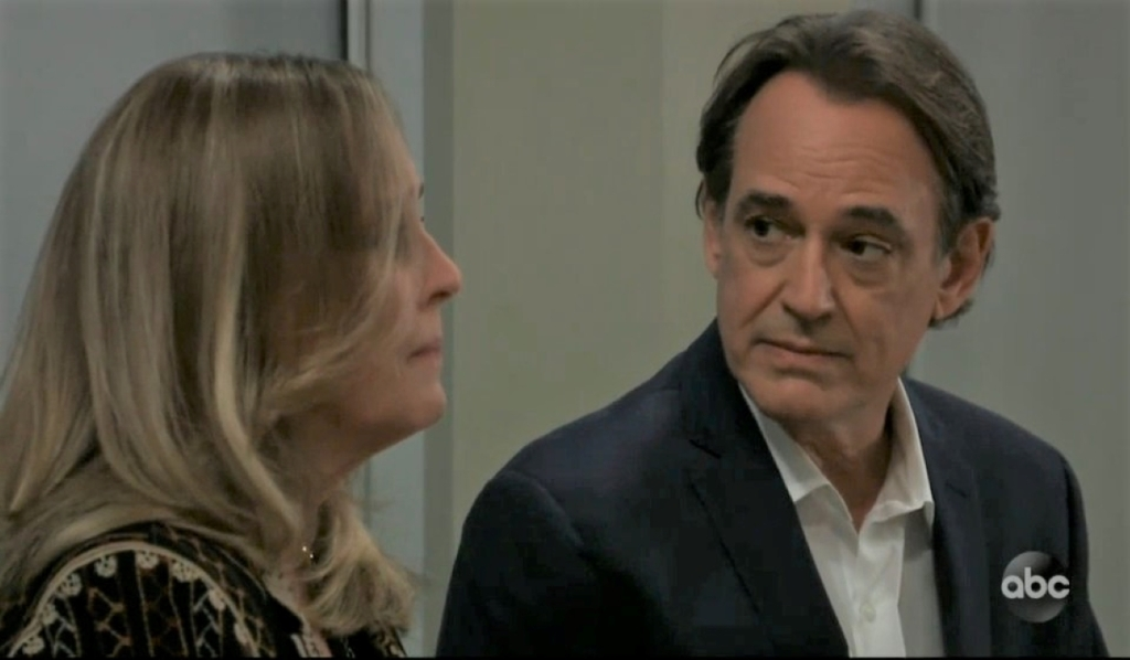 Laura and Kevin talk Lulu at General Hospital