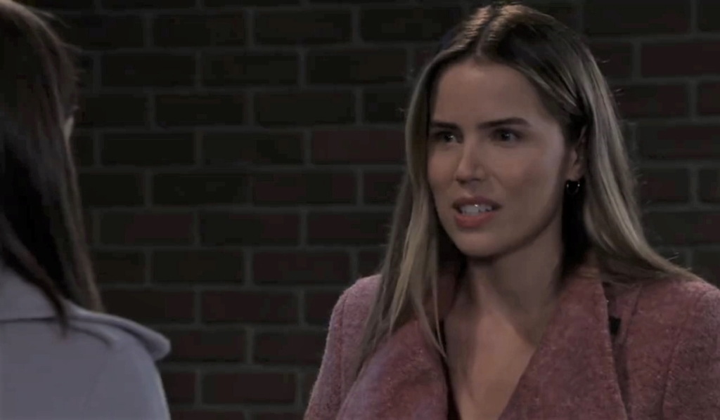 Willow questions Sasha on the street General Hospital