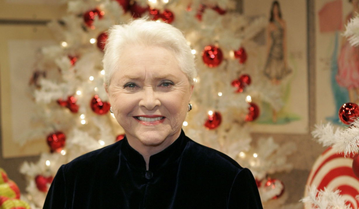 "Susan Flannery ""The Bold and the Beautiful"" Set Christmas 2009 CBS Television City Los Angeles 11/12/09 ©sean smith/jpistudios.com 310-657-9661"