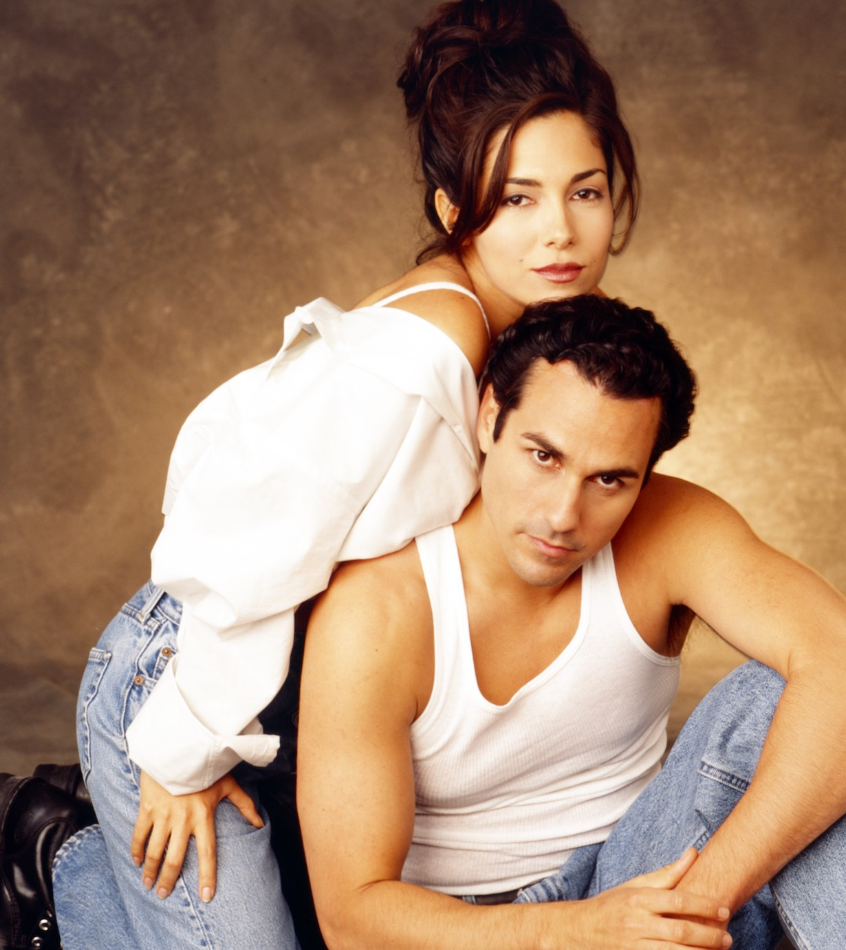 GENERAL HOSPITAL, from left: Vanessa Marcil, Maurice Benard, 1994, 1963- . ph: Craig Sjodin /© ABC /Courtesy Everett Collection