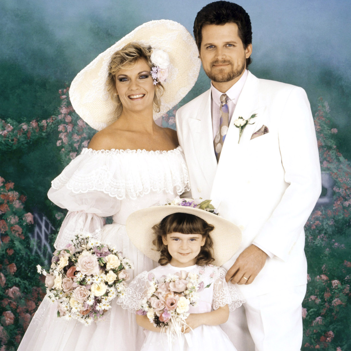 THE GUIDING LIGHT, josh reva wedding (from left): Kim Zimmer, Ashley Peldon, Robert Newman, (ca. July 14, 1989), 1952-2009. © CBS / Courtesy: Everett Collection