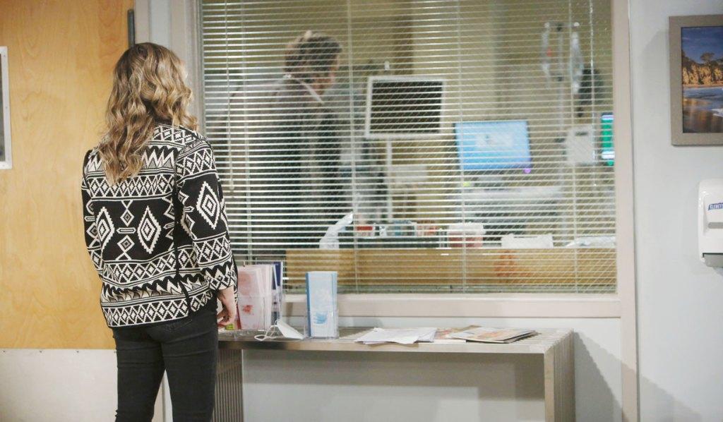 hope watches ridge with thomas in hospital B&B