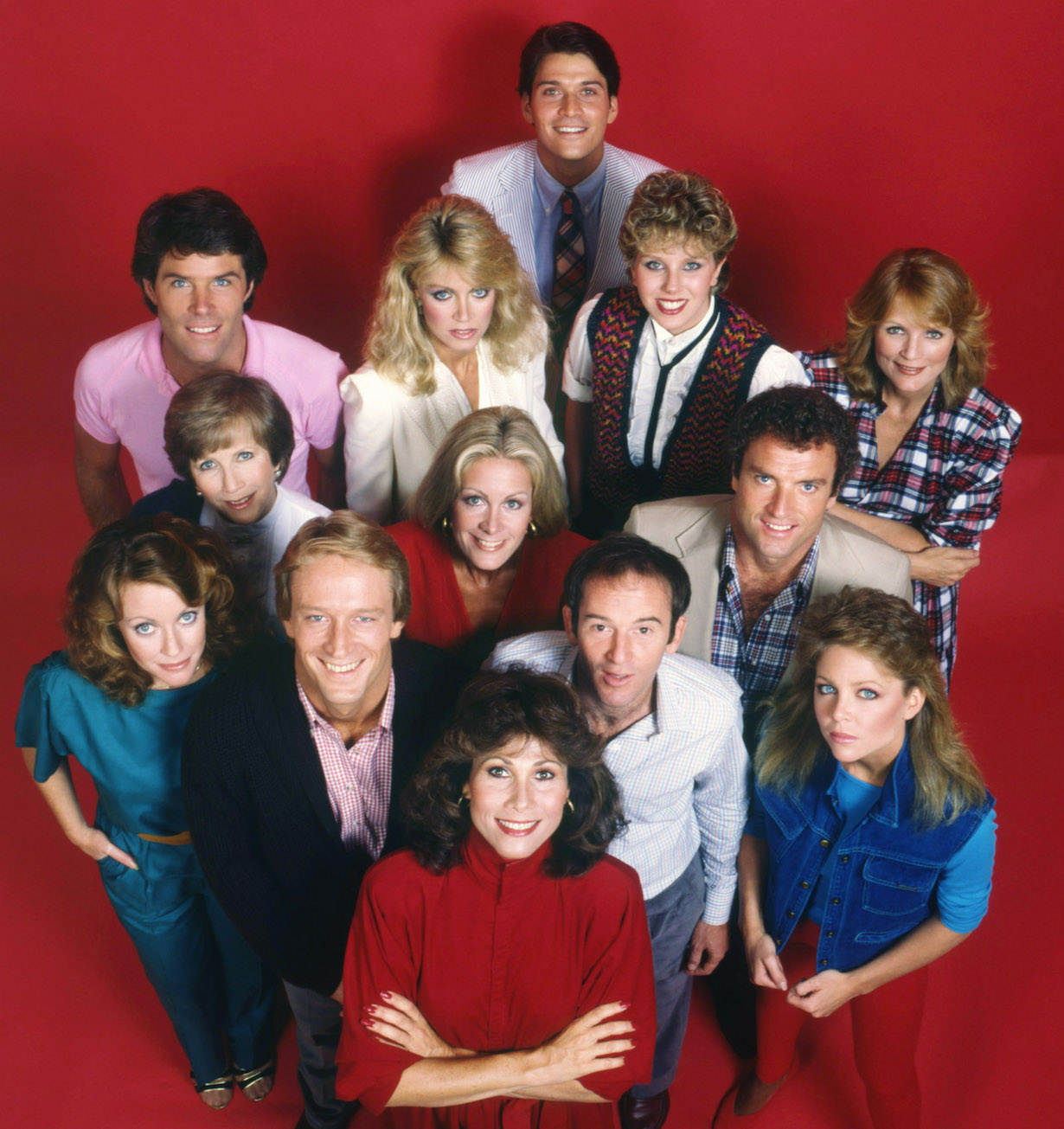KNOTS LANDING, 2nd row 2nd from left: Donna Mills, far right: Constance McCashin, 3rd row l-r: Kim Lankford, Julie Harris, Joan Van Ark, Kevin Dobson, bottom l-r: Ted Shackelford, Michele Lee, John Pleshette, 1979-93.