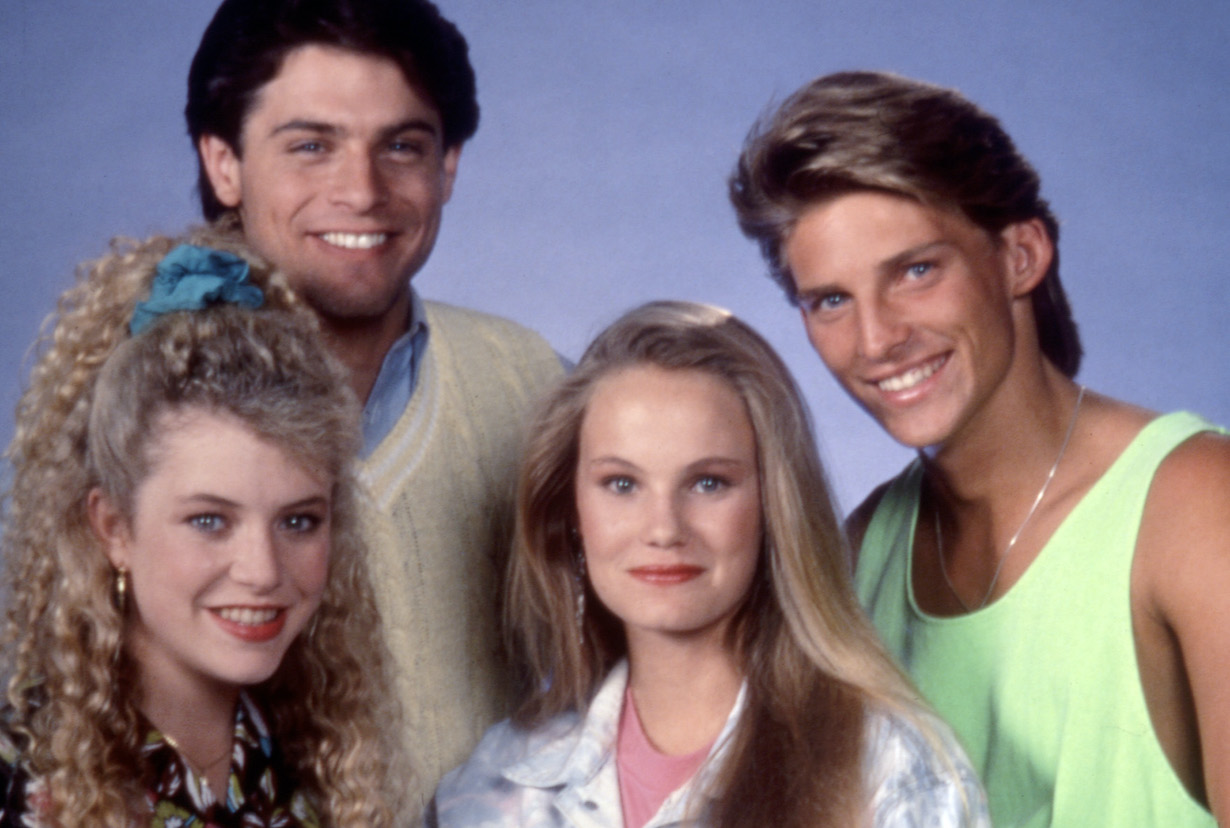 OUT OF THIS WORLD, Christina Nigra, Tony Crane, Maureen Flannigan, Steve Burton, Season 3. 1987 - 1991. (c) Universal Television/ Courtesy: Everett Colleciton.