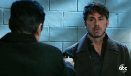 Sonny holds a gun on Julian on GH