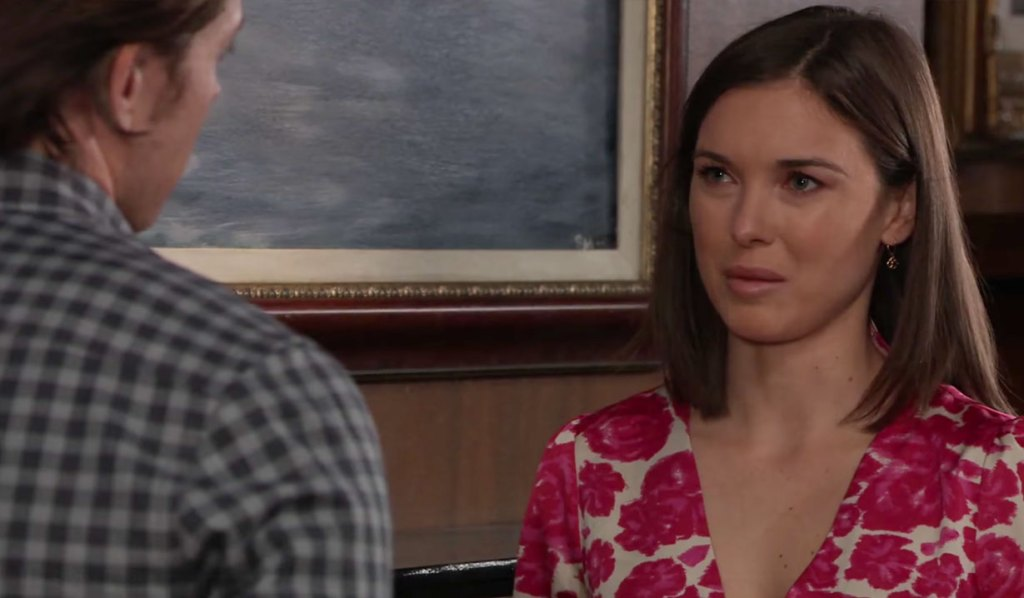 Michael and Willow discuss the future on GH