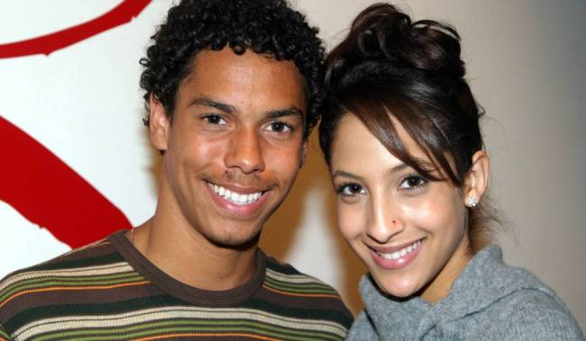 "Christel Khalil, Bryton McClure ""The Young and the Restless"" Set CBS Television City 11/9/04 ©Brian Lowe/jpistudios.com 310-657-9661"