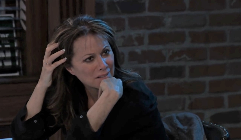 Alexis asks Nikolas and Ava about their relationship at Charlie's General Hospital