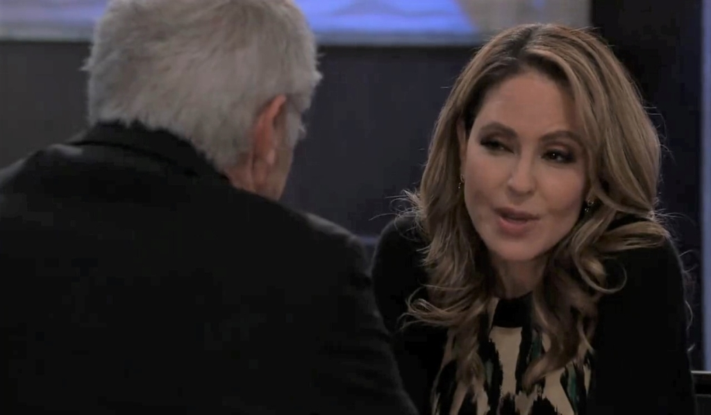 Olivia asks Robert to teach her to spy at Metro Court General Hospital
