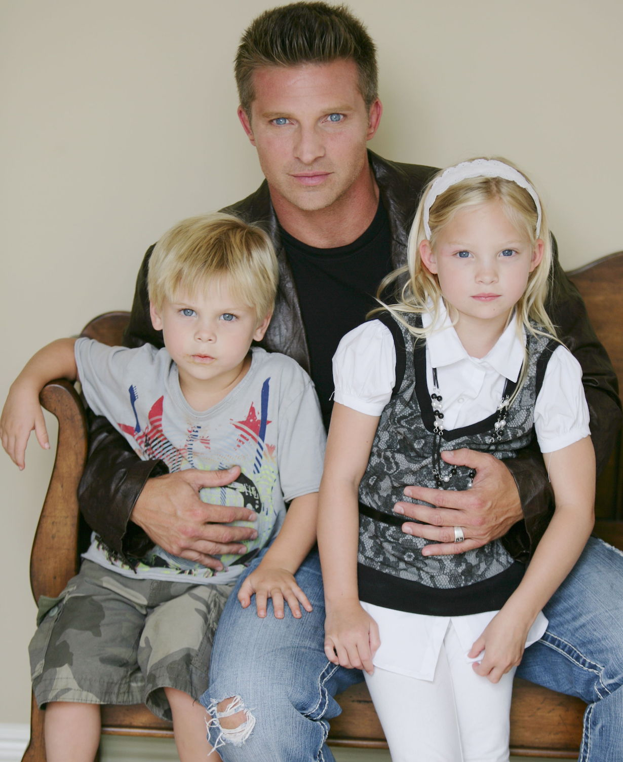 Steve Burton, Daughter Makena, Son JackSteve Burton Photo ShootLos Angles8/22/10©John Paschal/jpistudios.com310-657-9661