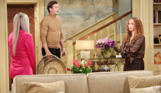 """Camryn Grimes, Donny Boaz, Melissa Ordway""""The Young and the Restless"""" Set CBS television City Los Angeles 12/21/20 © Howard Wise/jpistudios.com 310-657-9661 Episode # 12038 U.S. Airdate 01/26/21"""