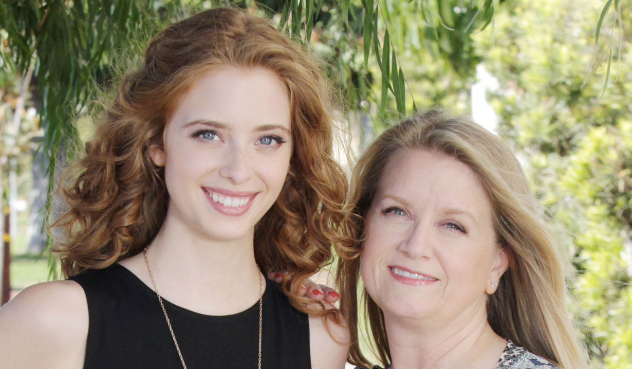 ashlyn pearce and mom B&B