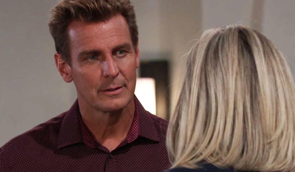 Jax needs answers from Carly on GH