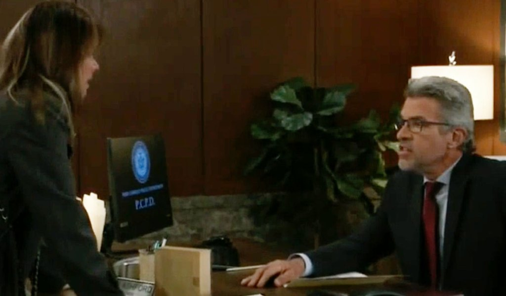 Mac is furious with Alexis on GH