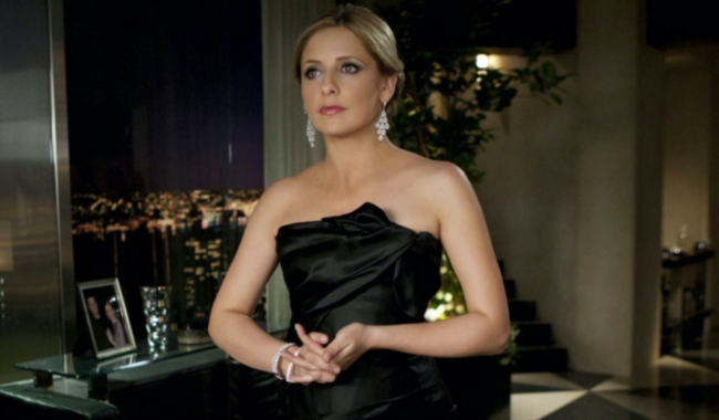 RINGER, Sarah Michelle Gellar, 'If You Ever Want A French Lesson...', (Season 1, ep. 103, aired Sept. 27, 2011), 2011-. photo: Michael Desmond / © The CW / Courtesy: Everett Collection