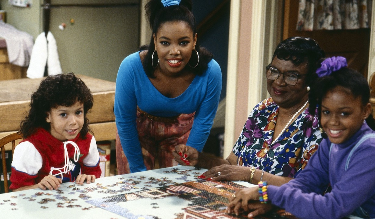 FAMILY MATTERS,from left: Bryton James, Kellie Shanygne Williams, Rosetta LeNoire, Jaimee Foxworth, (1991), 1989-1998, ©ABC/courtesy Everett Collection