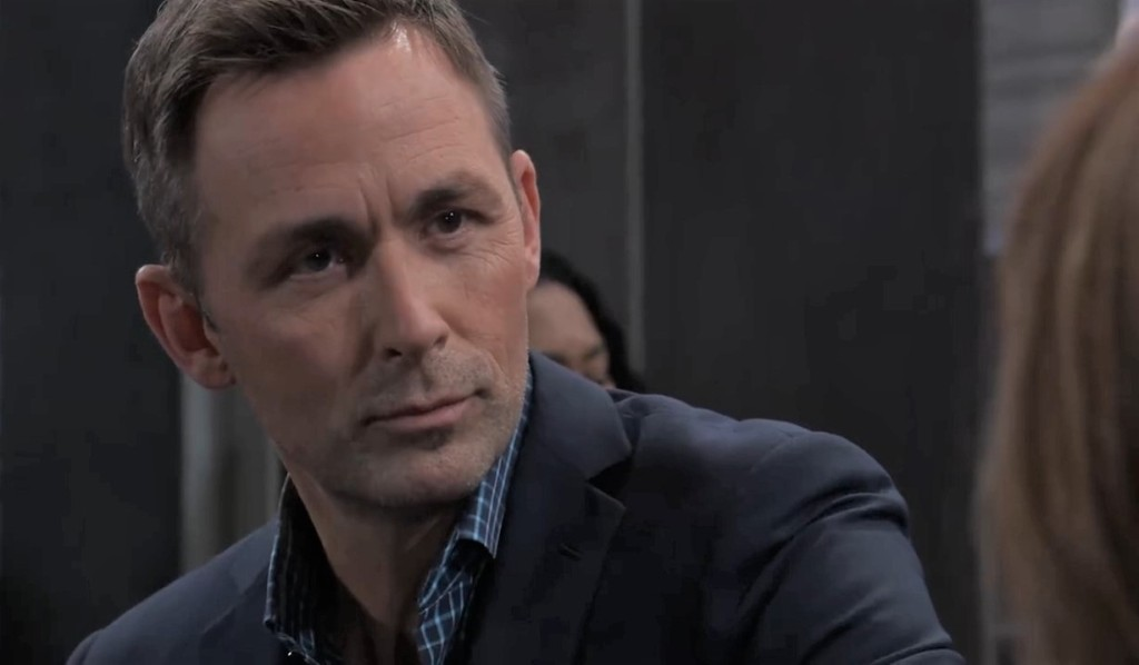 Valentin interrupts Martin and Jackie at Metro Court General Hospital