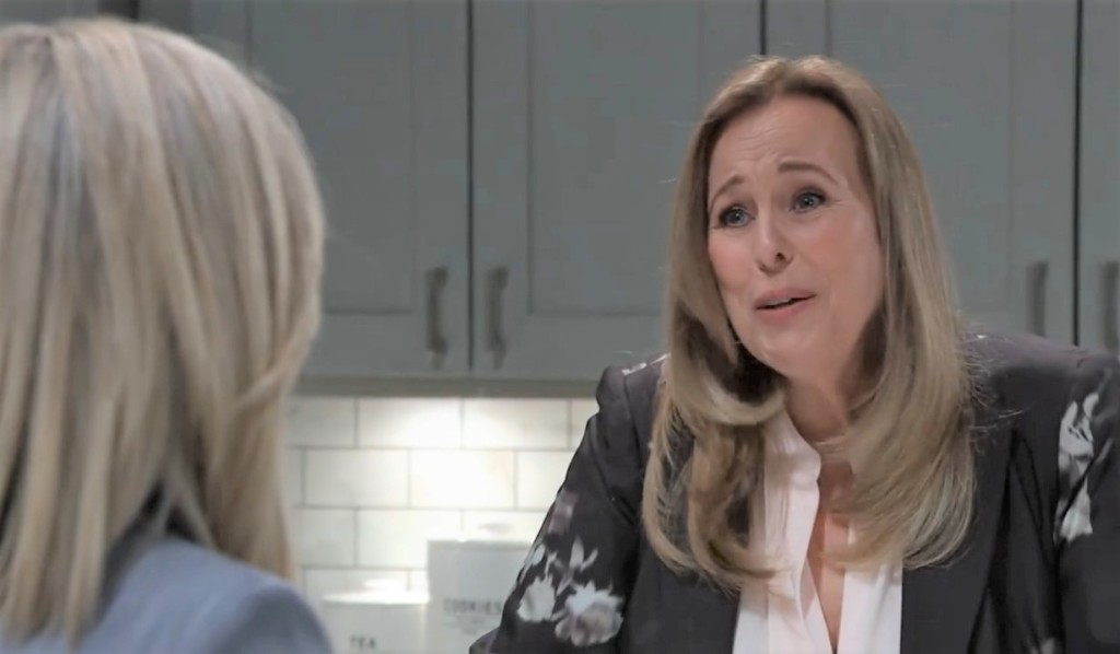 Laura asks Carly to compromise at Corinthos house General Hospital