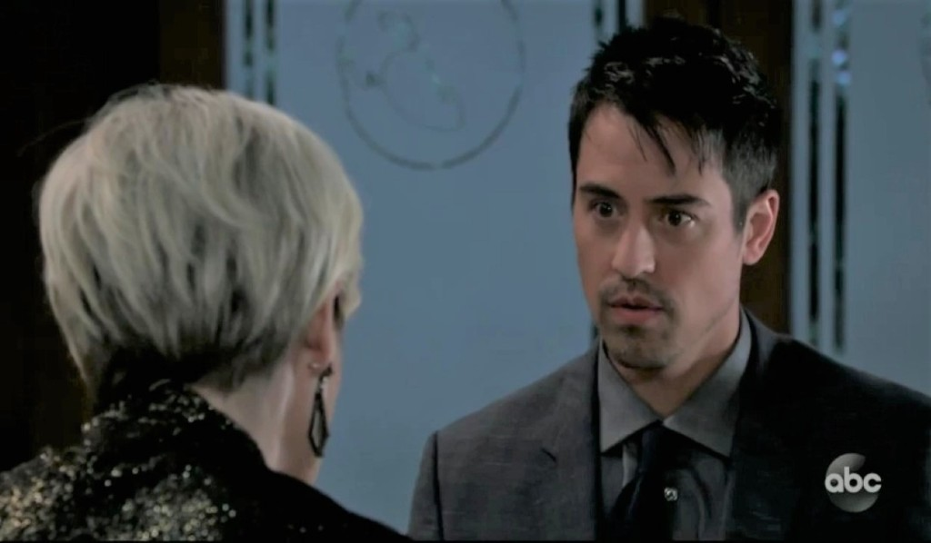 Ava and Nikolas discuss first meeting at the Grill General Hospital