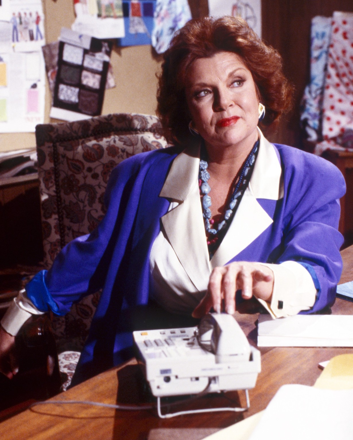 THE BOLD AND THE BEAUTIFUL, Darlene Conley, 1990s, 1987– . ph: Geraldine Overton /© CBS / Courtesy Everett Collection