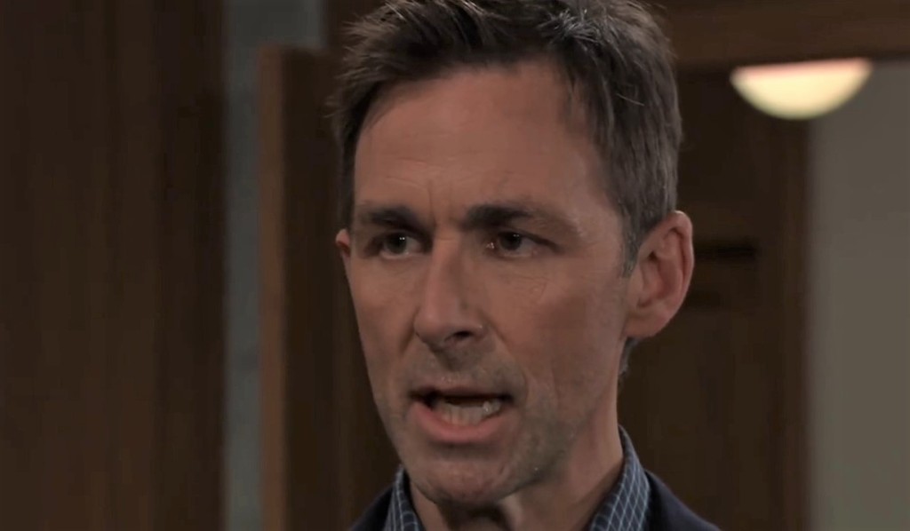 Valentin tells Anna Peter is lying at her house General Hospital
