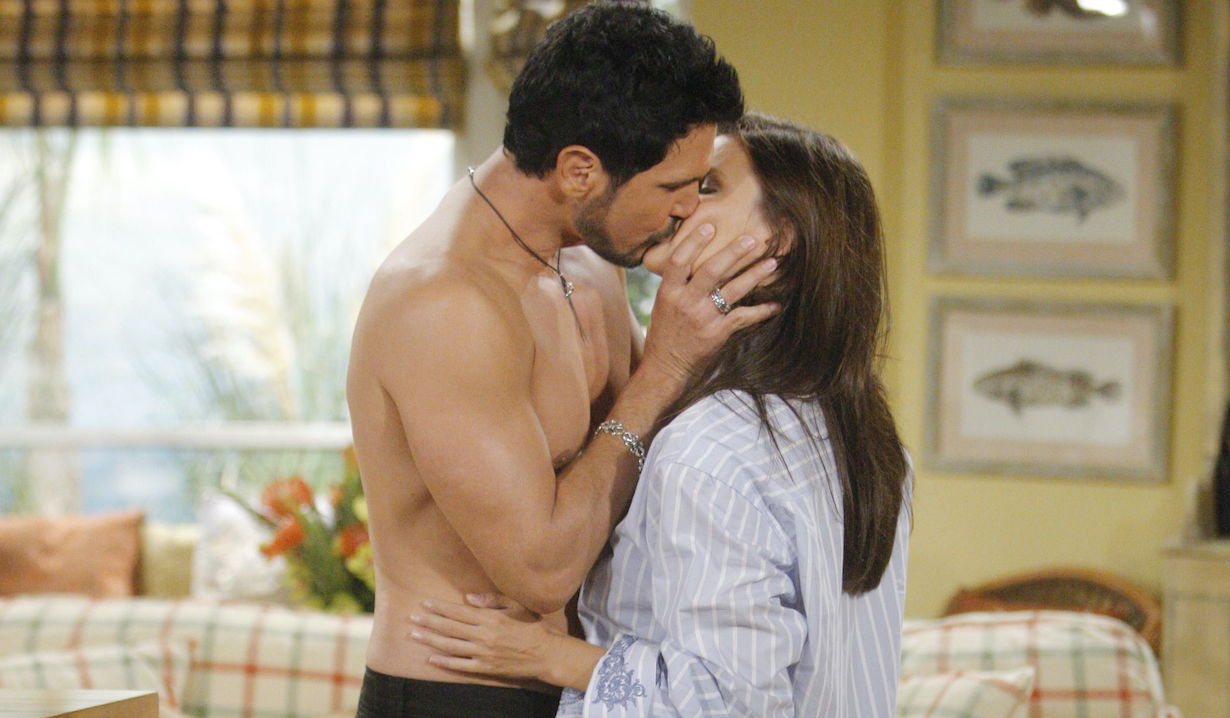 """Heather Tom, Don Diamont """"The Bold and the Beautiful"""" bill katie kiss ss"""