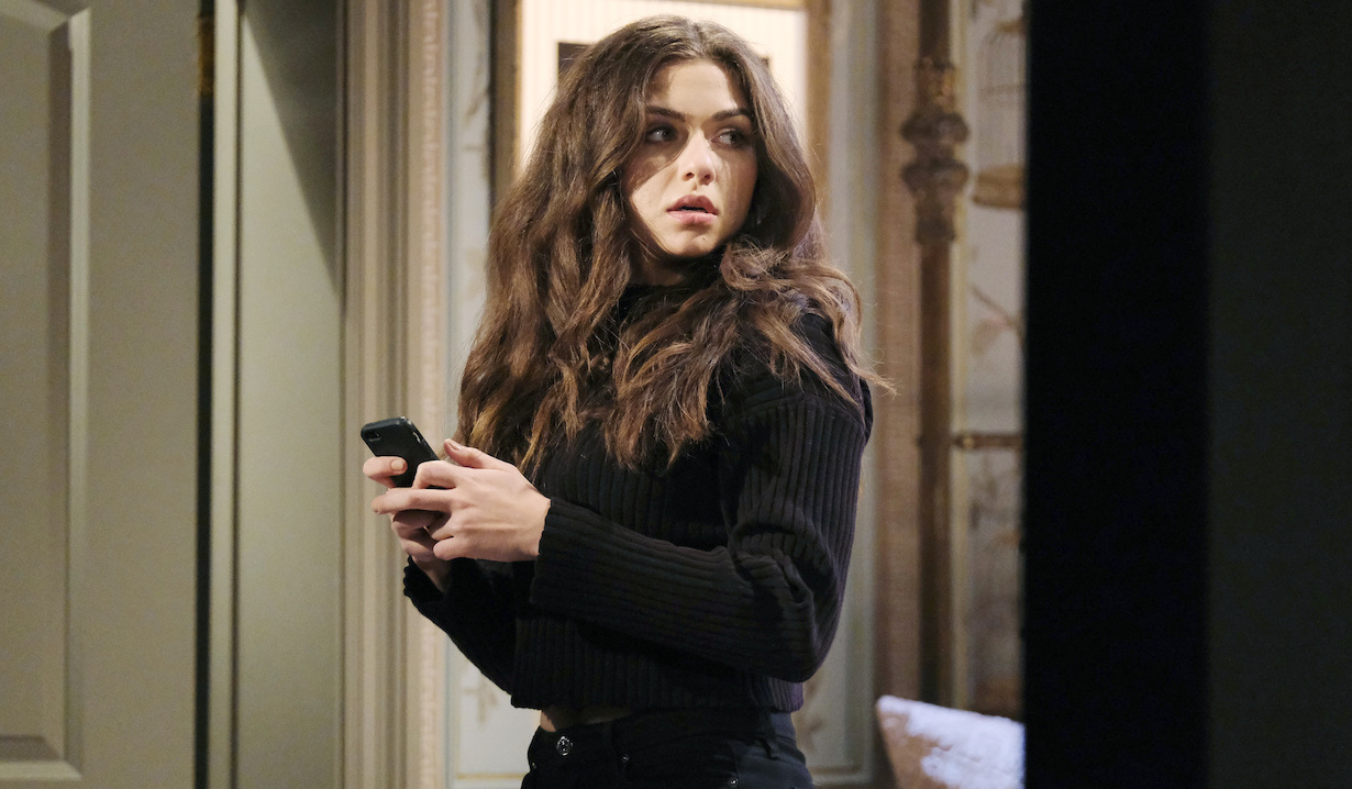 A caged Ciara gets her hands on a phone on Days of Our Lives