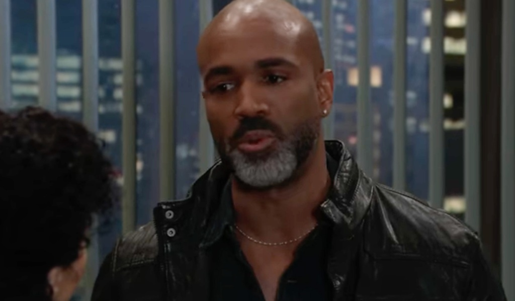 Curtis seeks advice from Portia GH ABC