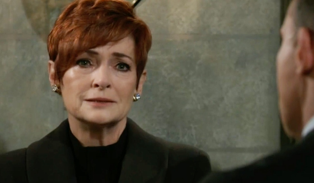 Diane at Sonny's funeral GH ABC