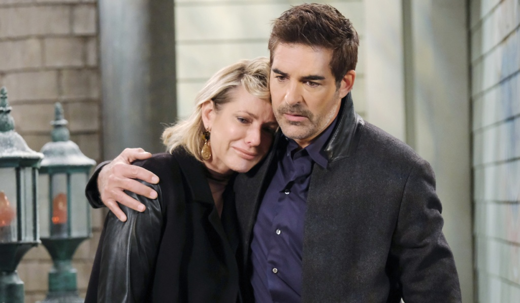 Rafe consoles Nicole on Days of Our Lives